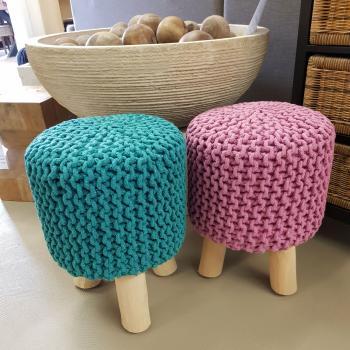 Sitzhocker Pouf Schemel DM 35 cm Höhe 45 cm mit Holzfüßen viele Farben
